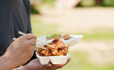 美味しい唐揚げ弁当が食べられる公園